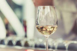 wine-table